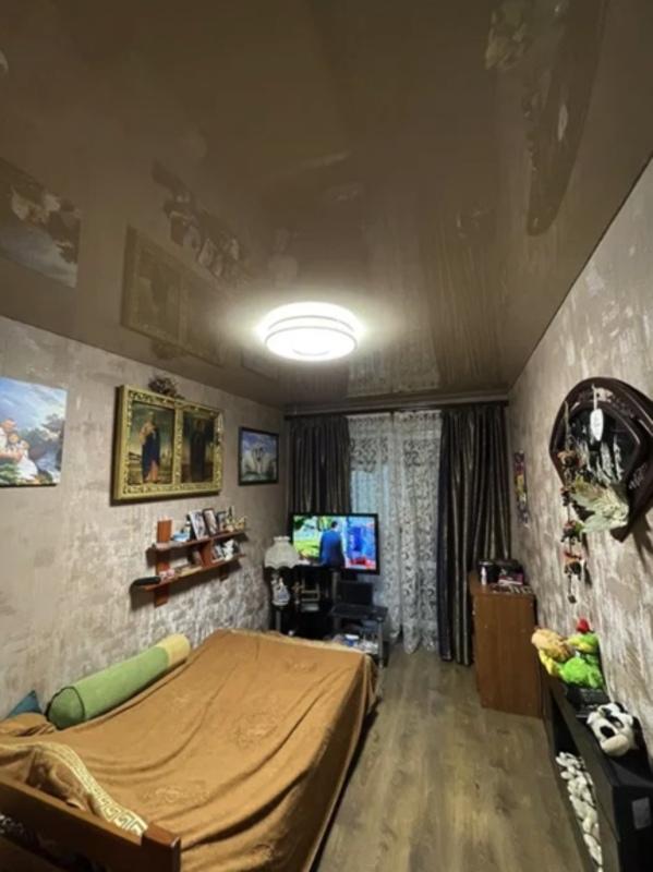 3-комнатная квартира на Адмиральском проспекте