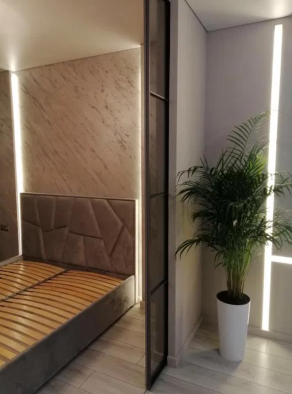 1-комнатная квартира c ремонтом в 49 Жемчужине