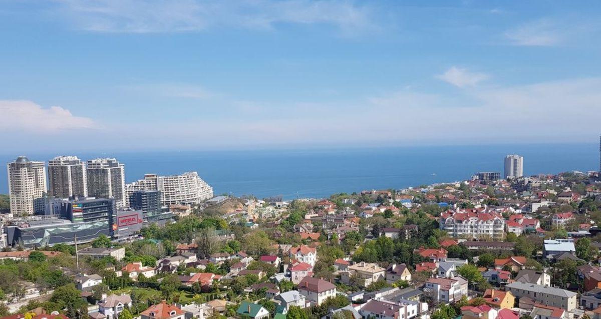 1 комнатная квартира с балконом и видом моря в ЖК Лимнос