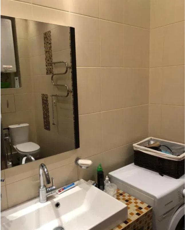 Трехкомнатная квартира в жилом комплексе «Фаворит» Приморский район.