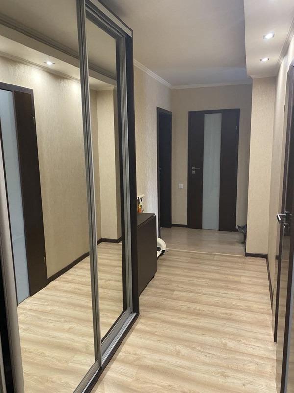2-комнатная с ремонтом ЖК Радужный