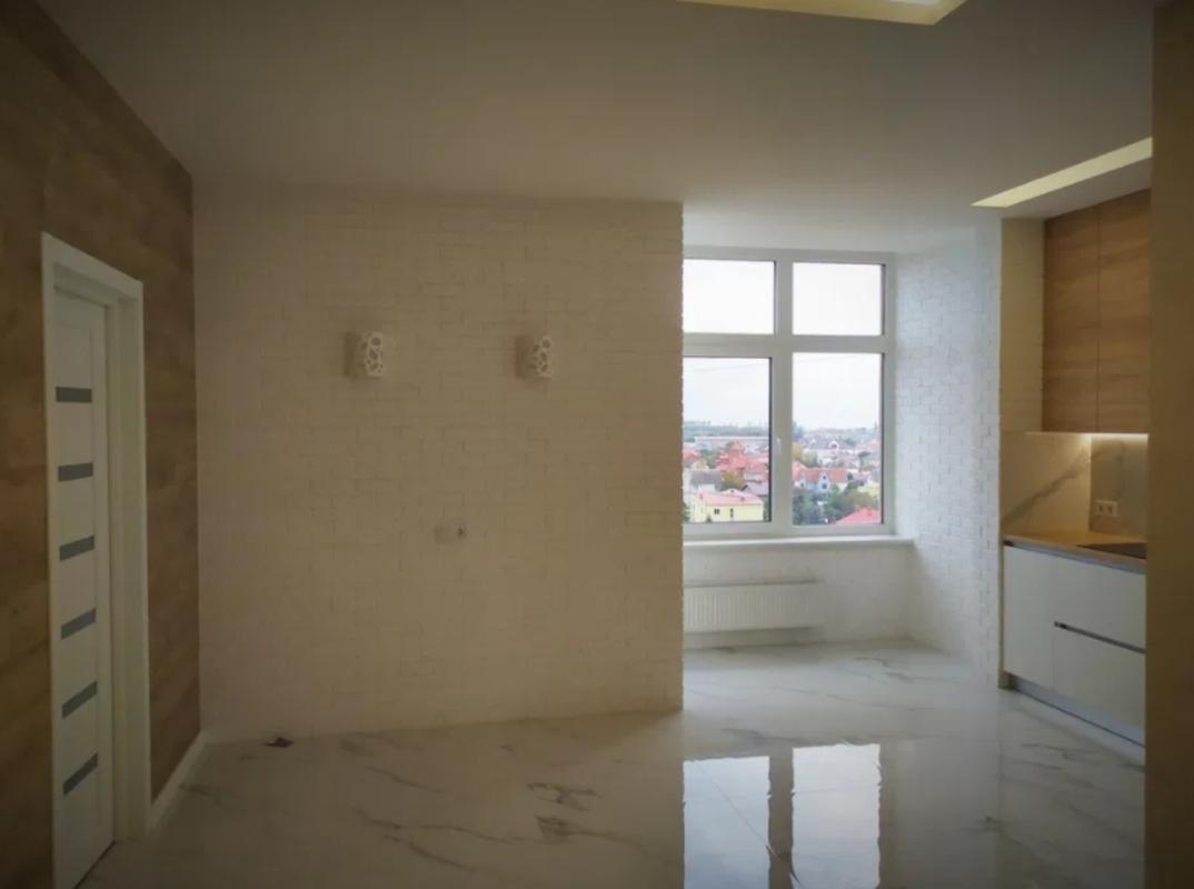 2 комнатная квартира с ремонтом в 29 Жемчужине