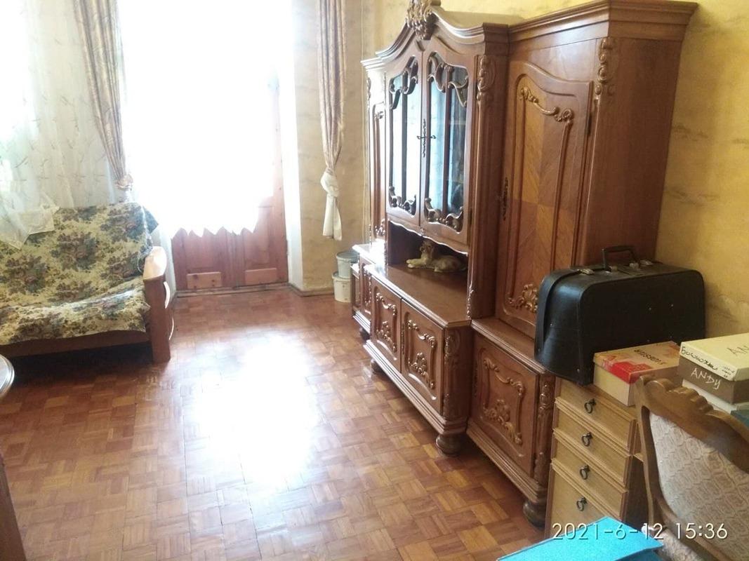 2-комнатная квартира в центре (Базарная угол Канатная)