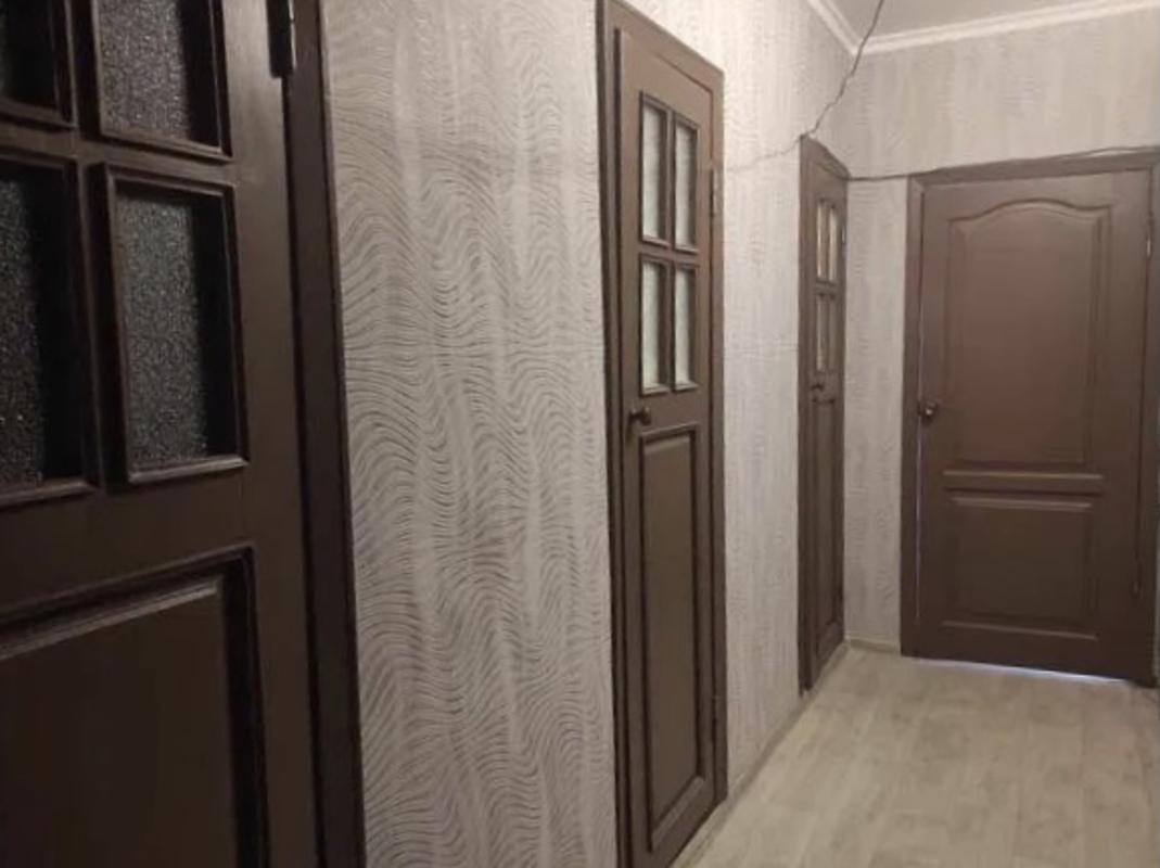 4 комнатная квартира на улице Инглези