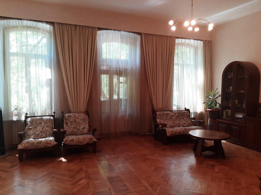 4 комнатная квартира на улице Успенской