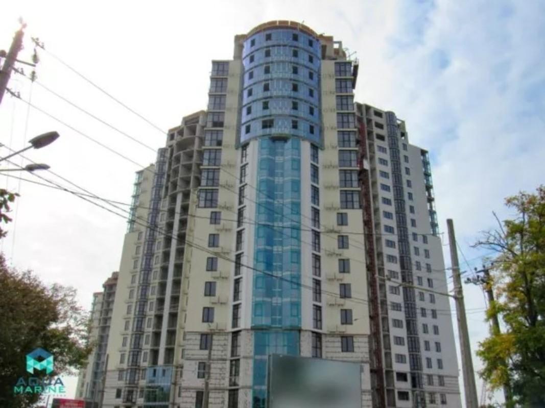 3 комнатная квартира в ЖК Аквамарин