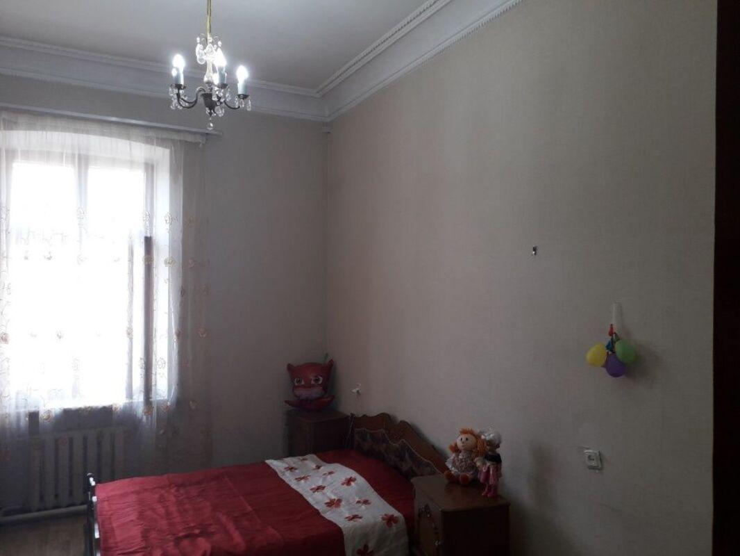 4-комнатная квартира на Новосельского