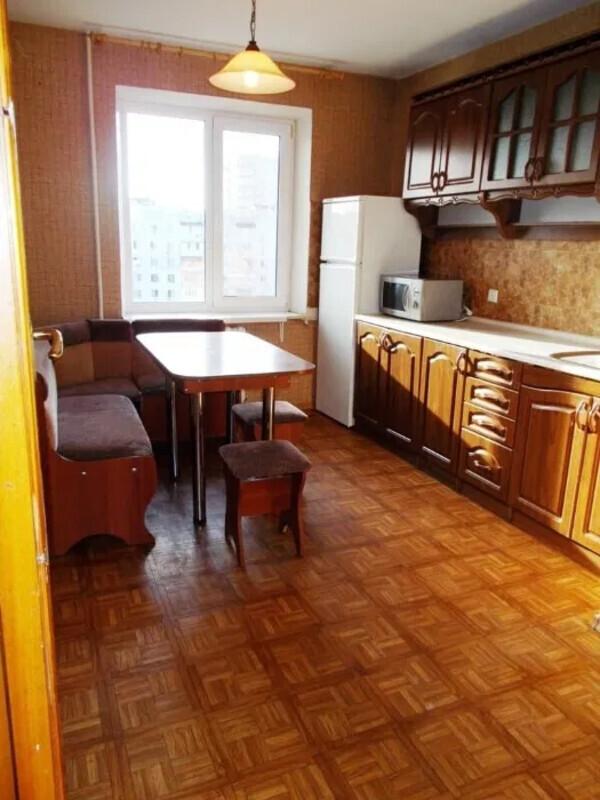 3 комнатная квартира на улице Бреуса
