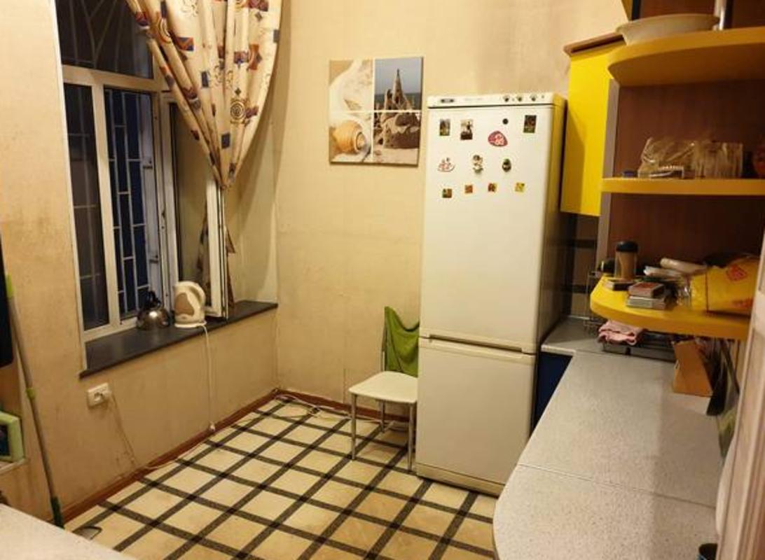4 комнатная квартира на Канатной