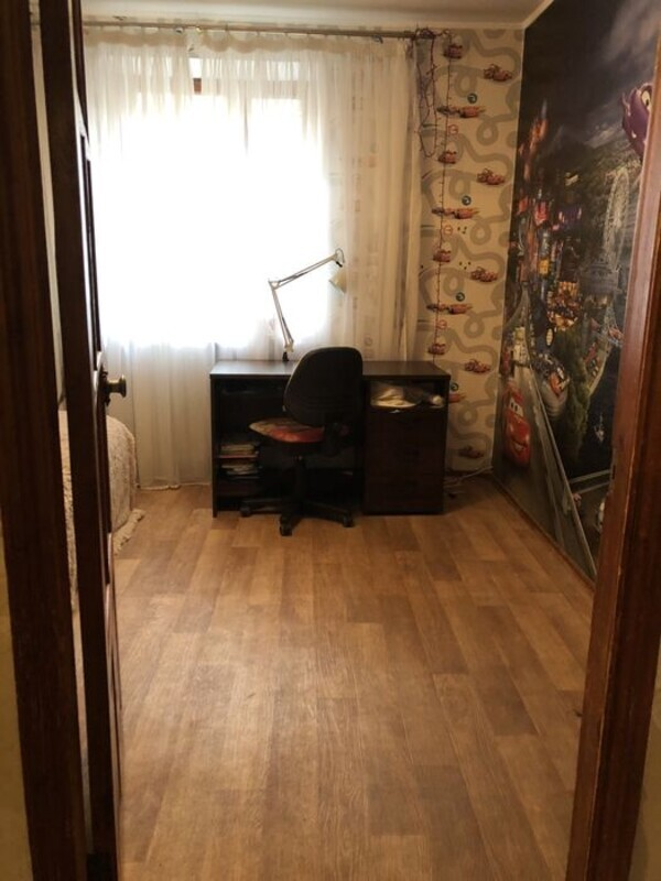 4-комнатная квартира на улице Рекордной