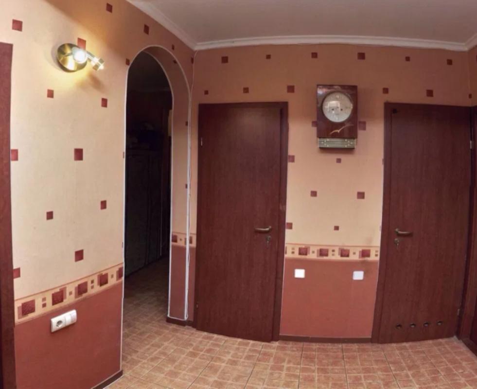 5 комнатная квартира на улице Варненская