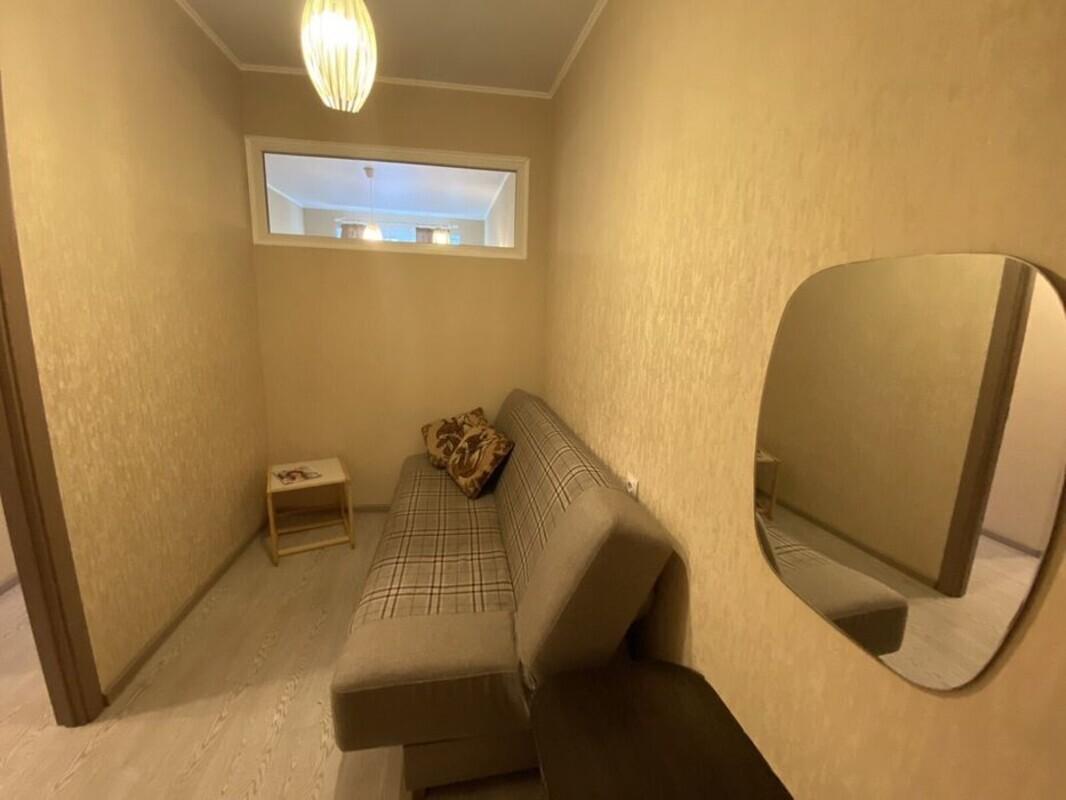 1-комнатная квартира с ремонтом в 26 Жемчужине