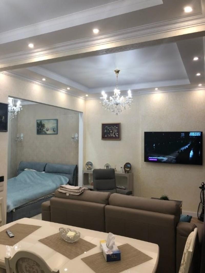 1 комнантная экслюзивная квартира на Французком бульваре