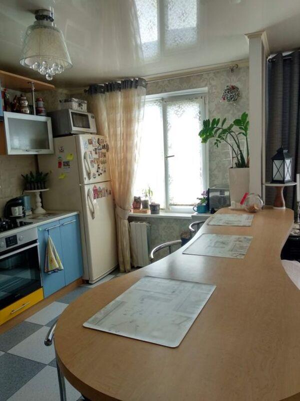 Трёхкомнатная квартира в Киевском районе