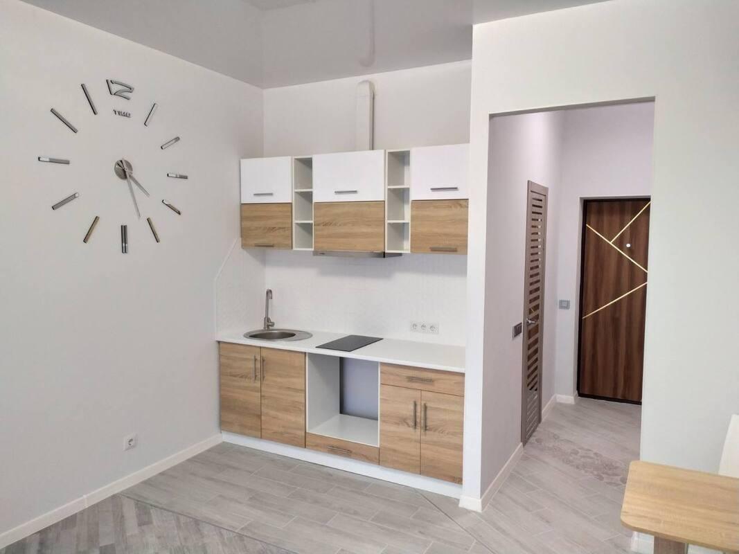 1 комнатная квартира с ремонтом в ЖК Золотые Столбы