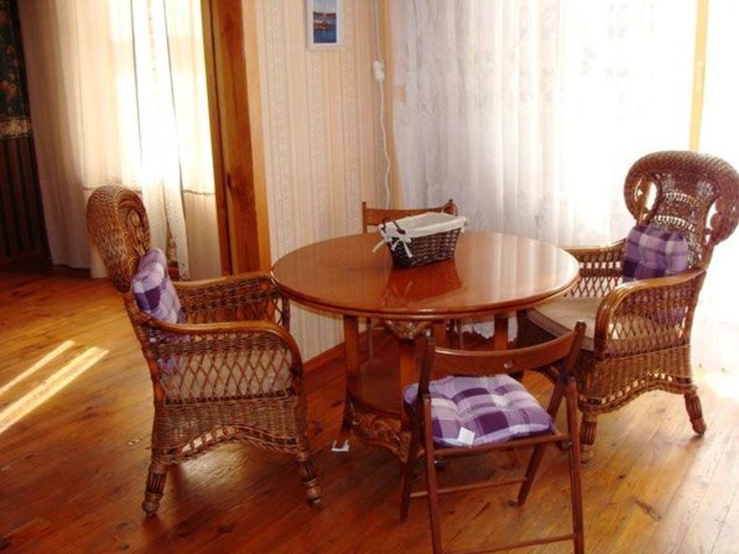 3 комнатная квартира с видом на море