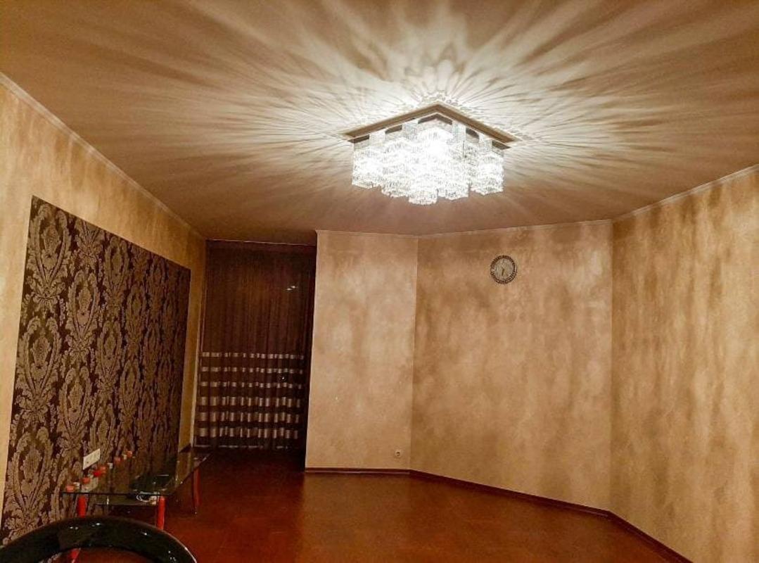 3 комнатная квартира на улице Тополевая