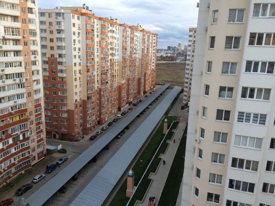 3 комнатная квартира в ЖМ Радужный