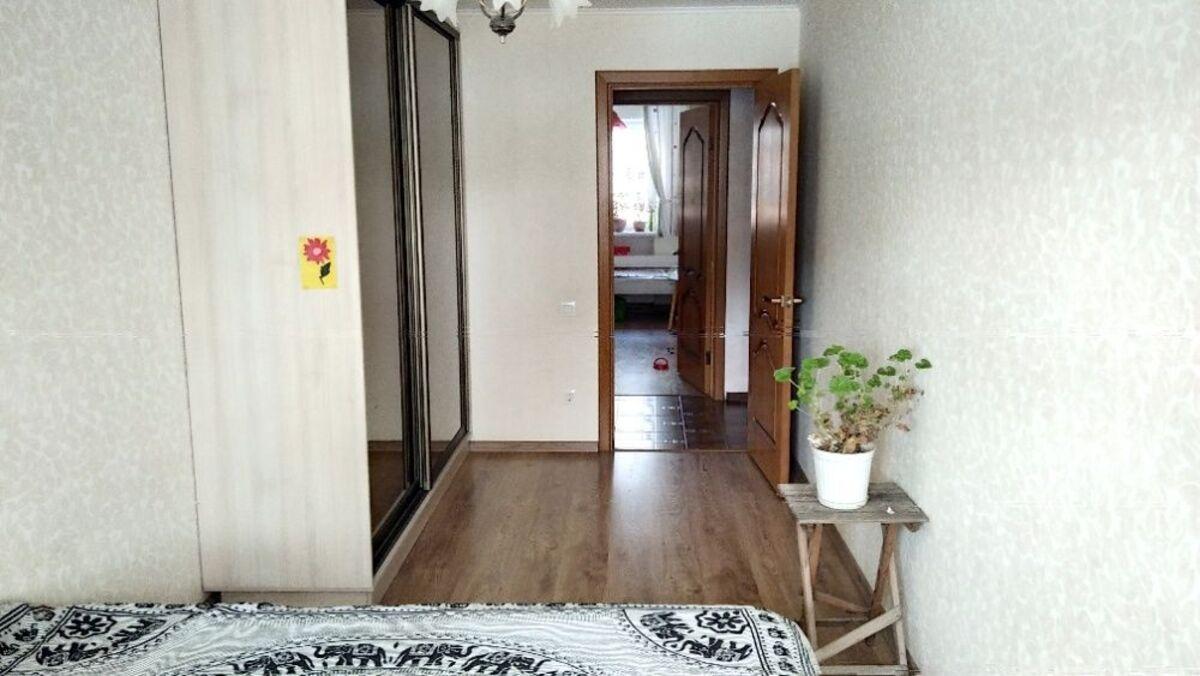 3-комнатная квартира на 7 станции Фонтана