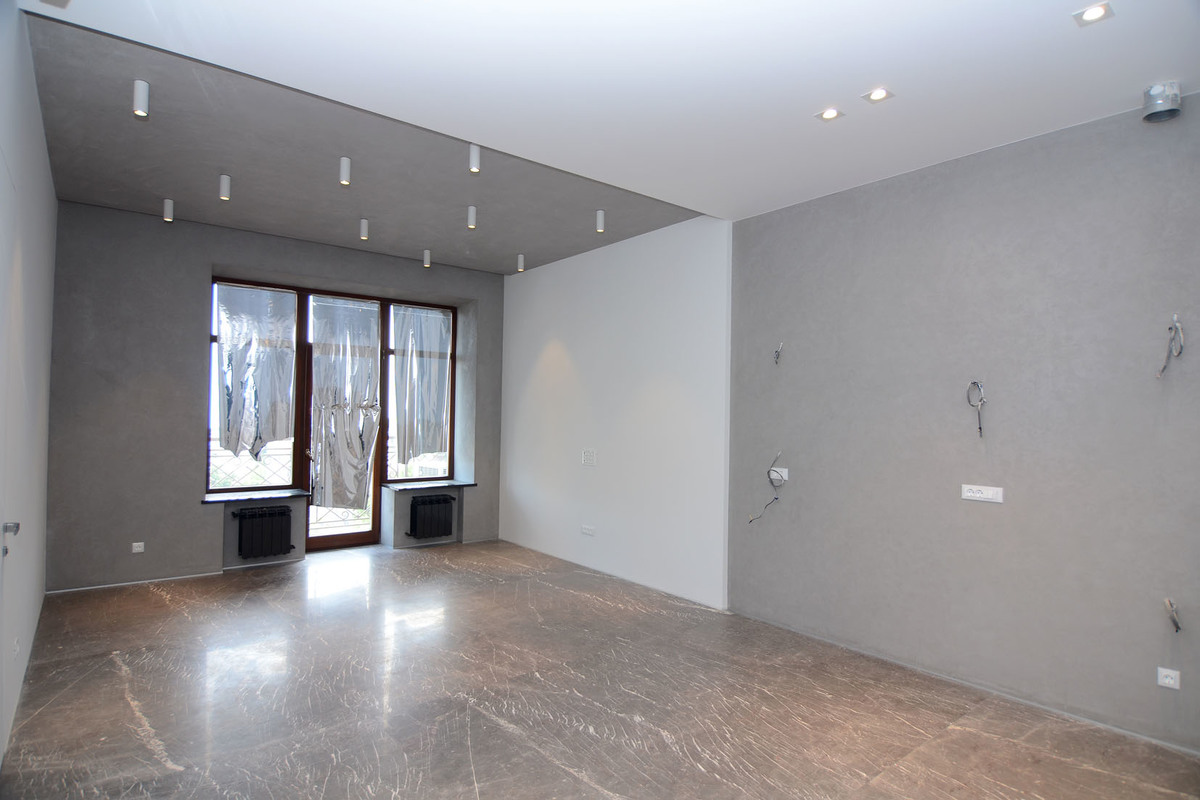3 комнатная квартира Каркашадзе/ Французский бульвар