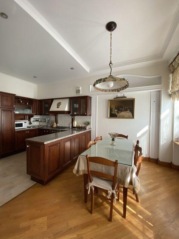 3 комнатная квартира на Сабанском / Парк Шевченко