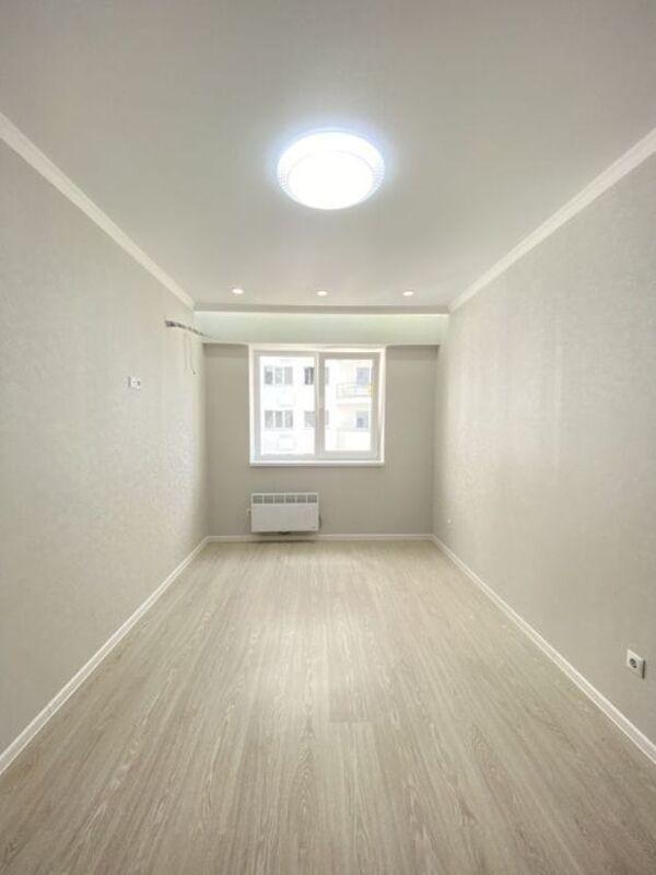 1 комнатная квартира в ЖК Море, 13 ст. Фонтана