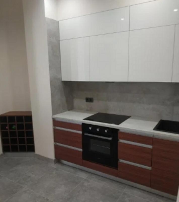 2 комнатная квартира с ремонтом в ЖК Аквамарин