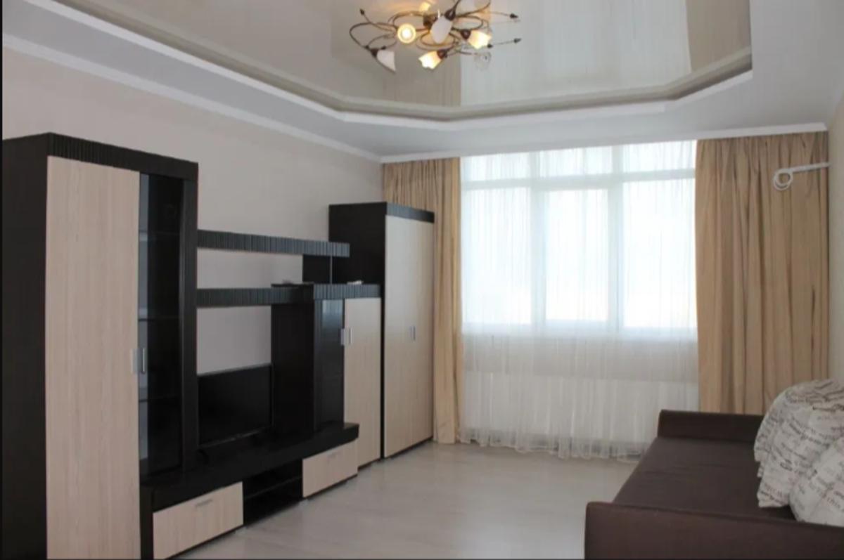 1 комнатная квартира в Малиновском районе на Бреуса
