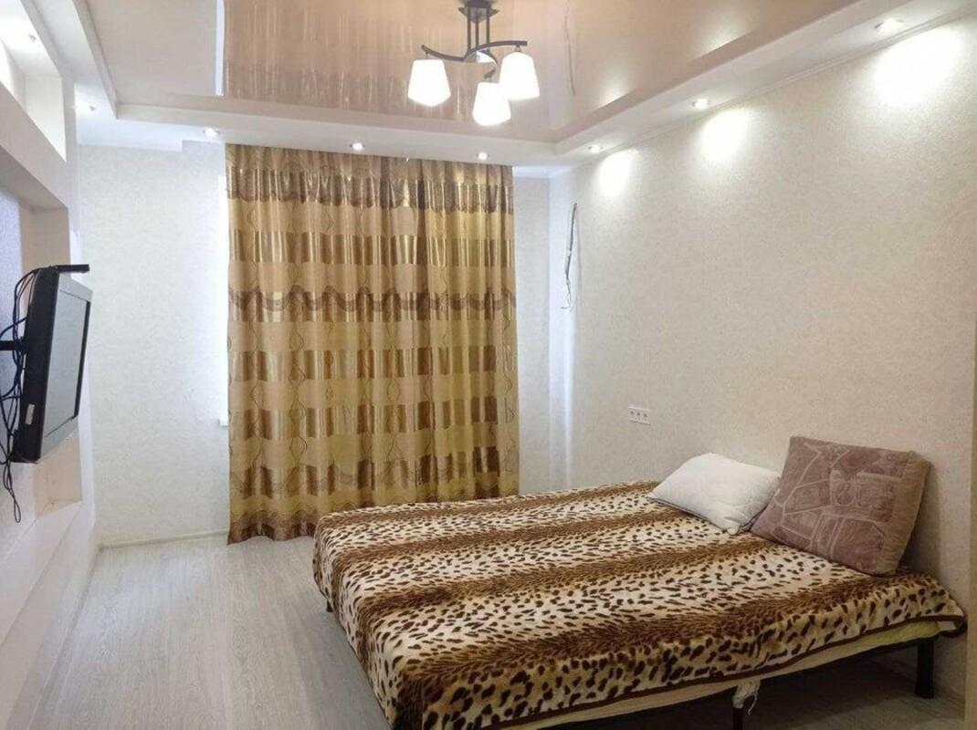 2- х комнатаня квартира в Радужном