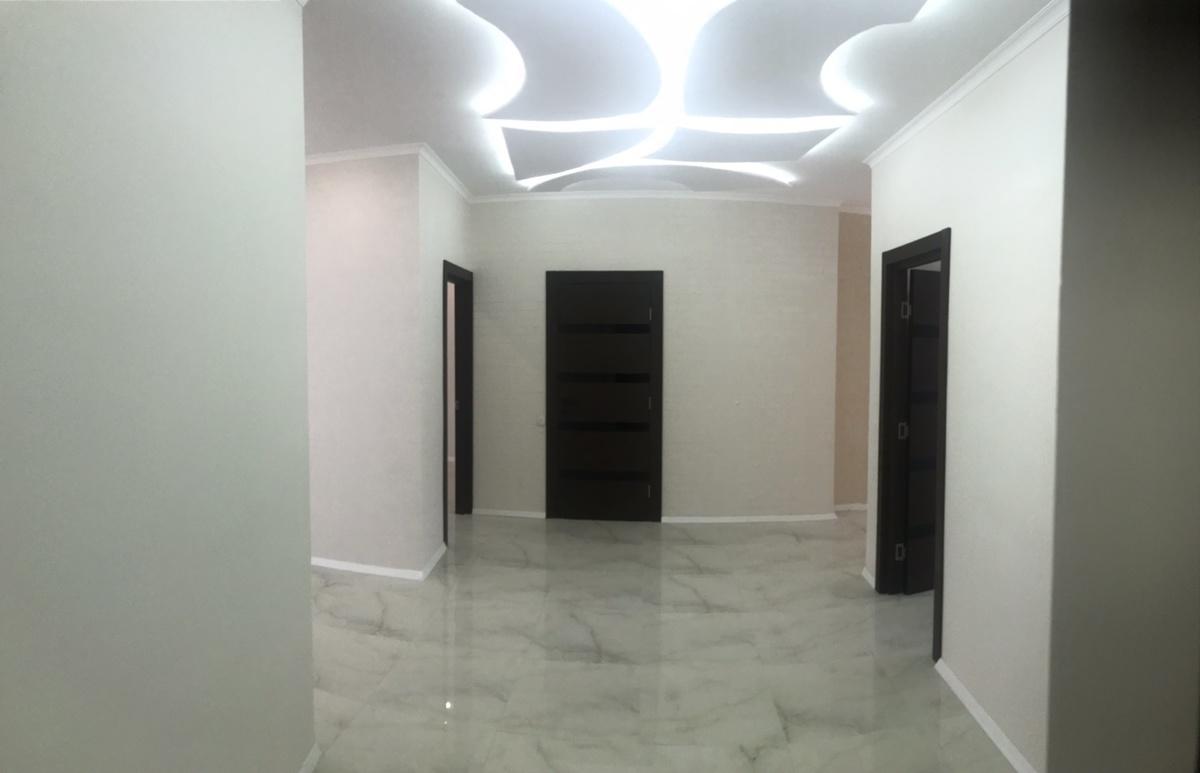 3 комнатная квартира в 32 Жемчужине на Каманина