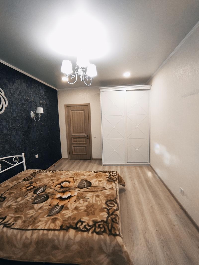 2 комнатная квартира с ремонтом в Радужном