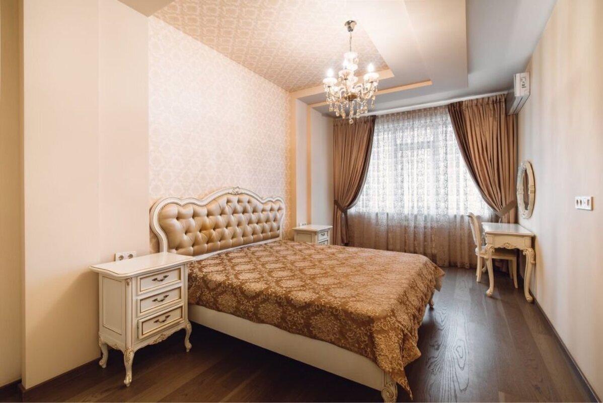 2 комнатная квартира с ремонтом в 2 Жемчужине
