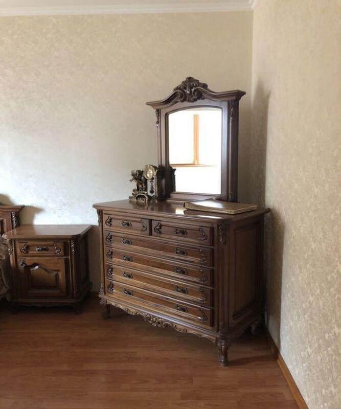Четырёхкомнатная квартира в Киевском районе