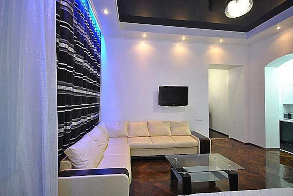 1-комнатная квартира в самом центре Одессы.