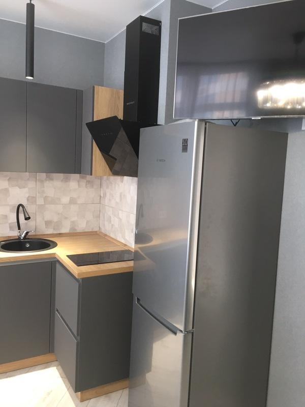 1 комнатная видовая квартира с ремонтом в 44 Жемчужине