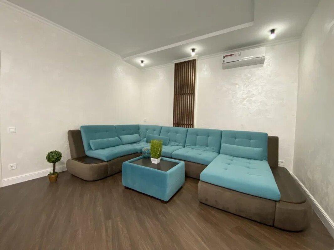 2-комнатная квартира в ЖК Фонтан на Львовской