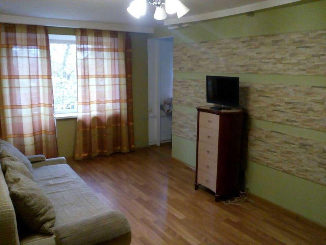 3 комнатная квартира на улице Краснова