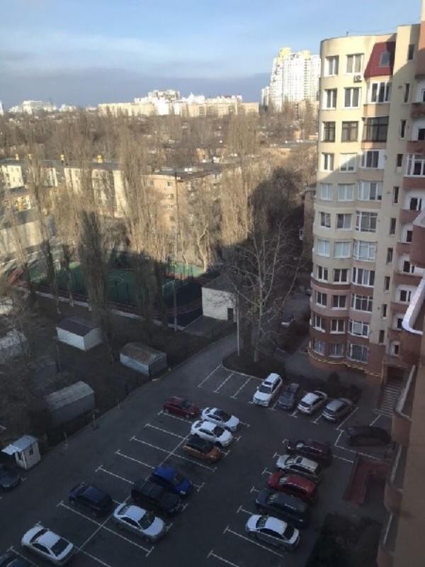 Двухуровневая квартира в Шампанском переулке