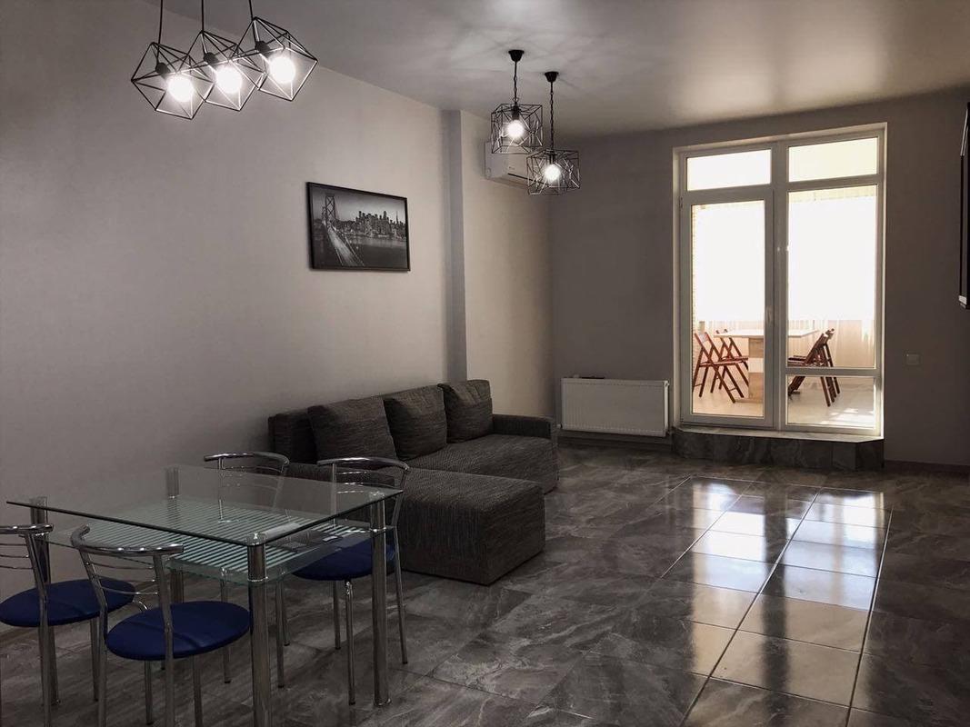 2-комнатная квартира с террасой на улице Львовской