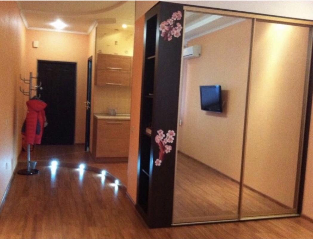 2-комнатная квартира ЖК Чудо Город, Среднефонтанская 19а