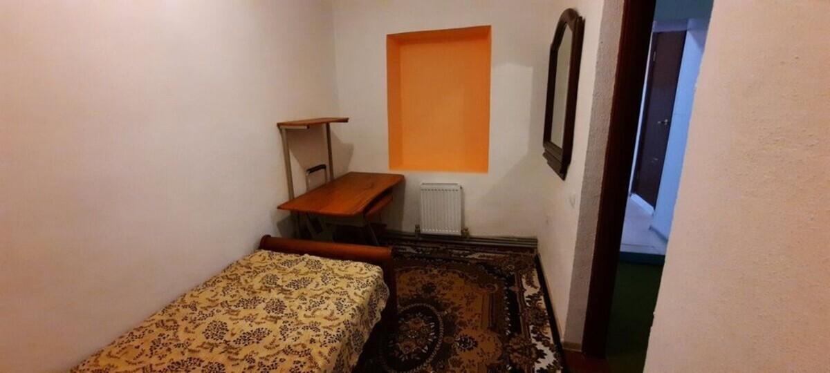 3-комнатная квартира по улице Михайловская