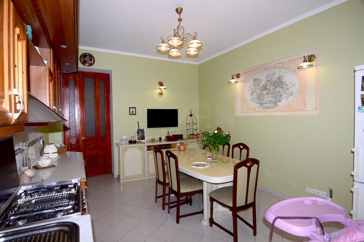 5 комнатная квартира ул.Канатная