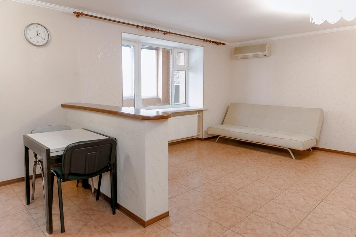 2 комнатная квартира 5 Фонтана в кирпичном доме