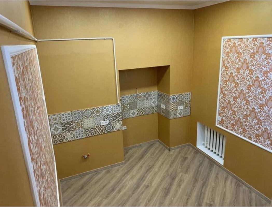 2 комнатная квартира с ремонтом в центре на Пастера