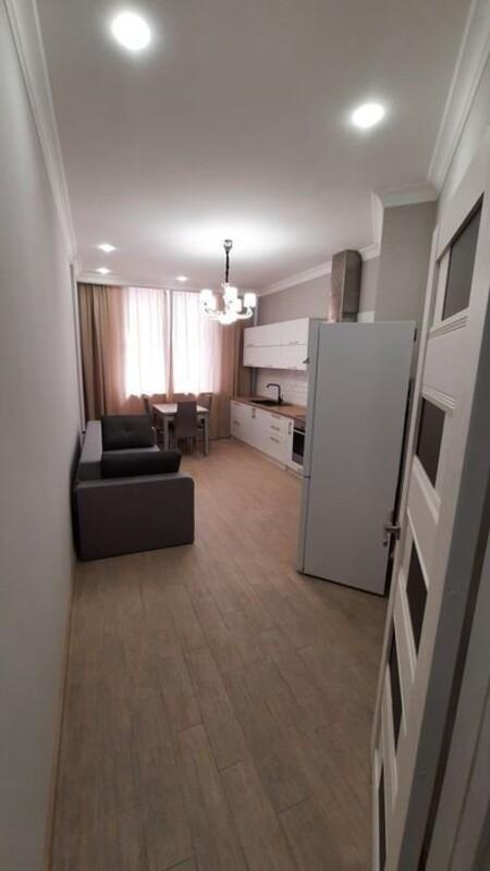 2 комнатная квартира с дизайнерским ремонтом
