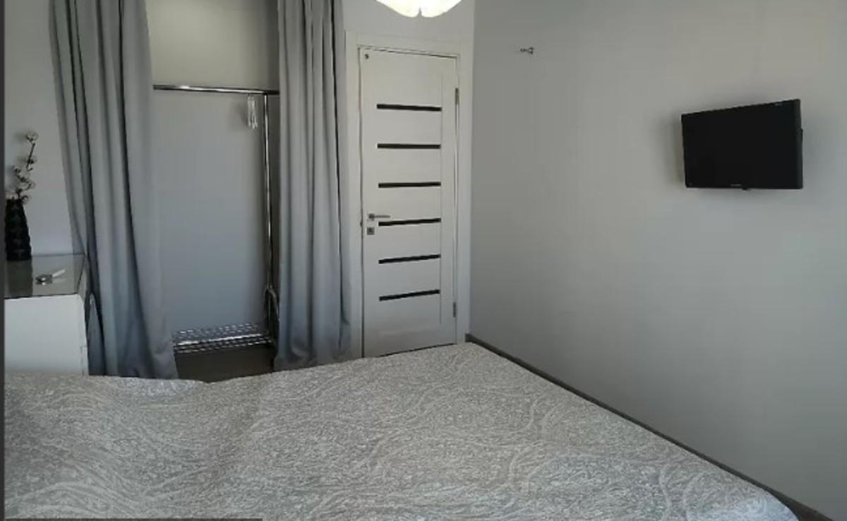 3 комнатная квартира на 7 станции Фонтана