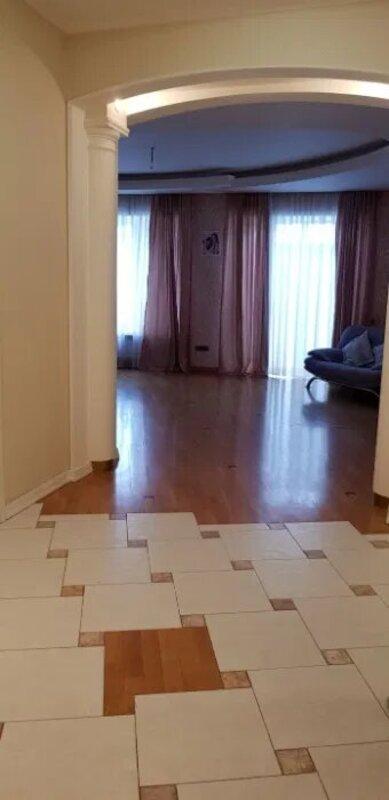 4-комнатная квартира на Екатериненской площади