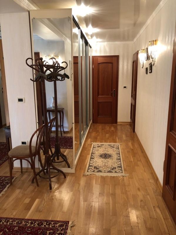 4 комнатная квартира в переулке Дунаева