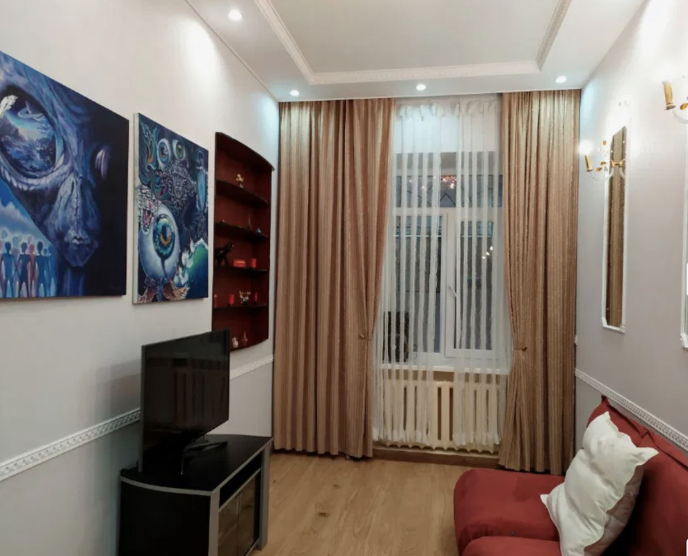 2-комнатная квартира на Малой Арнаутской