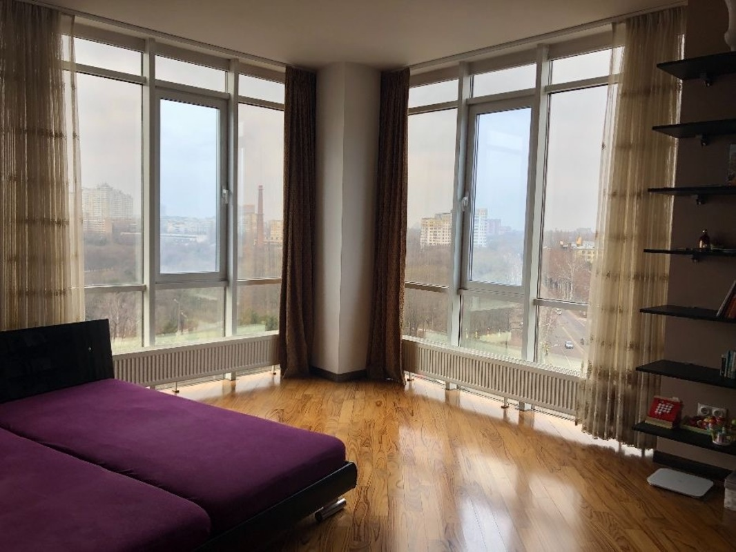 1 комнатная квартира возле парка Победы